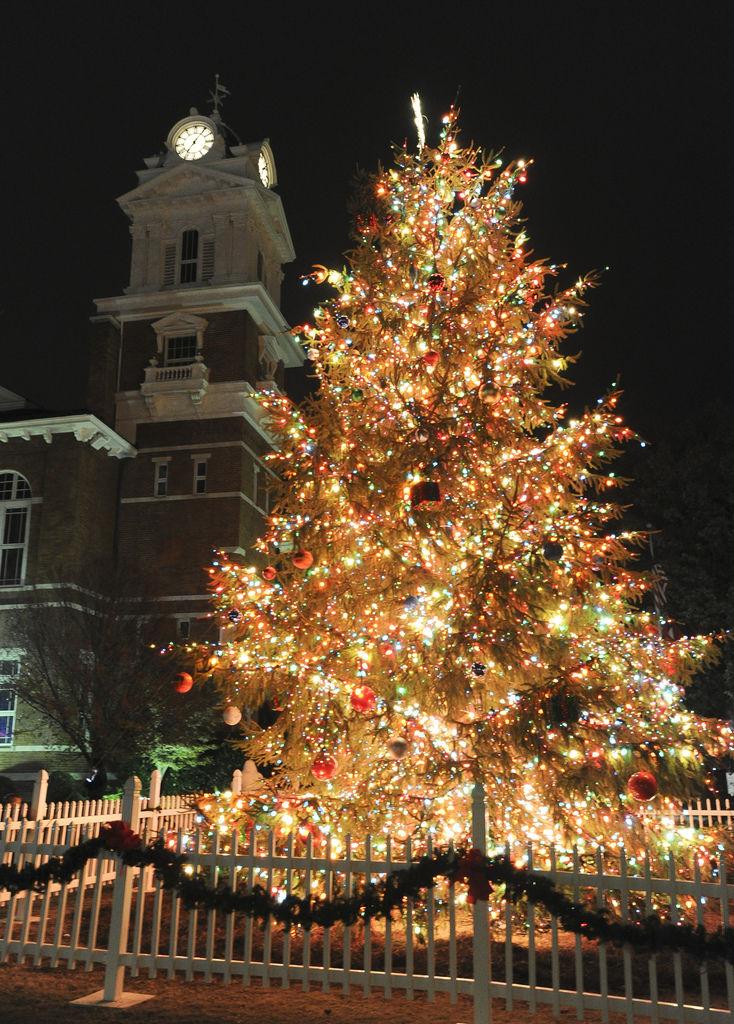 Lawrenceville Tree Lighting set for