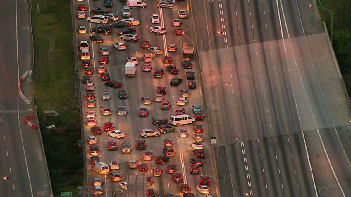 Portion of I-85 in Atlanta collapses due to massive fire | News ...