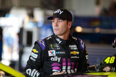 NASCAR: Bluegreen Vacations 500-Qualifying