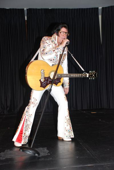 Mark Pitt as Elvis.jpg