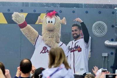 Blooper, new mascot of Atlanta Braves, gets blasted on