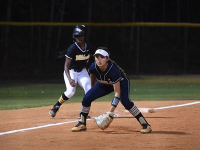 Dacula softball sweeps Richmond Hill, secures Elite Eight trip to Columbus