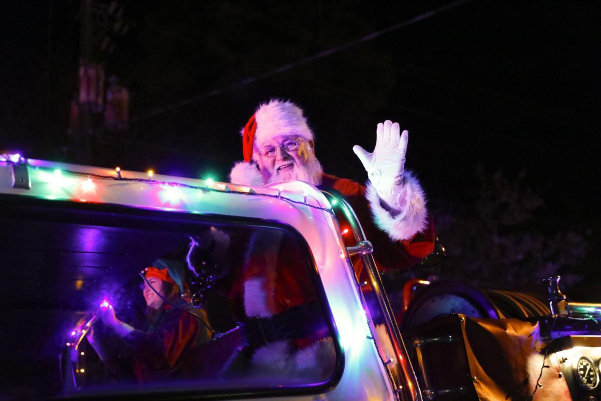 Lawrenceville Christmas Parade 2021 Lawrenceville Deciding Whether To Cancel Christmas Parade Over Rain Concerns News Gwinnettdailypost Com