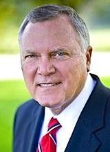 Gov. Nathan Deal signs $25 billion budget into law