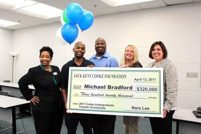 Gwinnett Tech Student Receives Scholarship Worth Up To 320k News Gwinnettdailypost Com