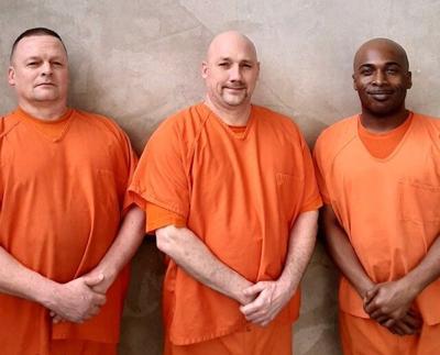 Inmates_save_deputy.jpg
