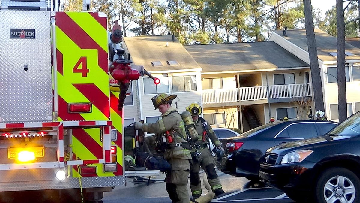 Investigators trying to determine cause of apartment fire in ...
