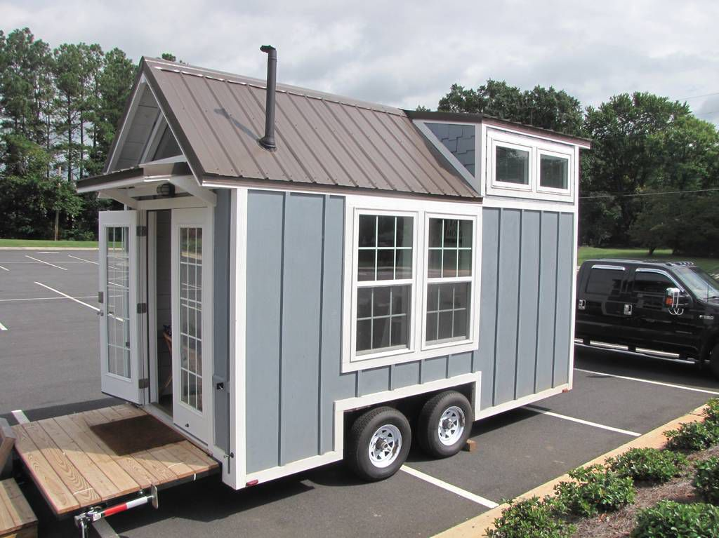 Coleman Middle integrates tiny house into project-based learning unit