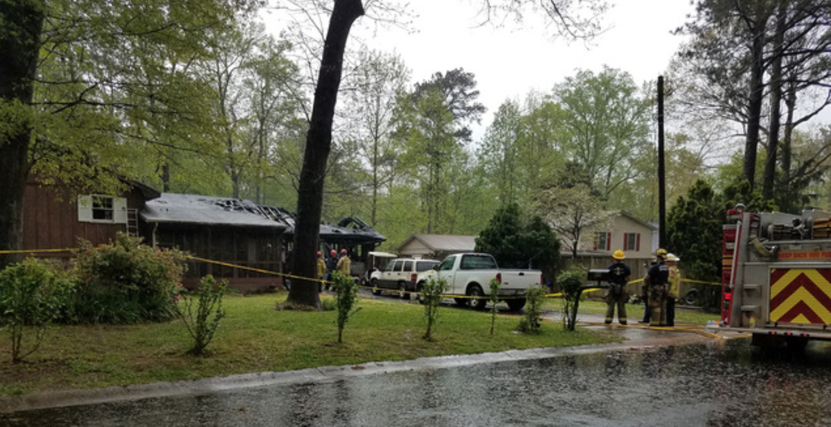 One person killed in lawrenceville house fire news for Single person house