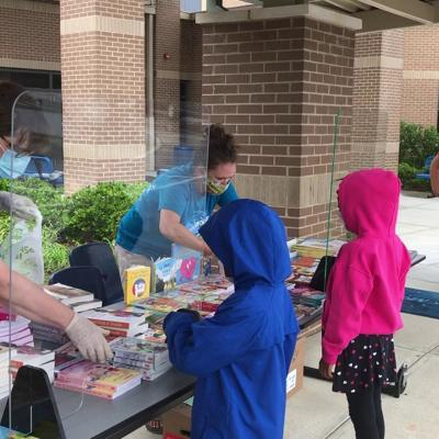 WATCH: Books 2 Kids program kicks off summer reading in South Gwinnett