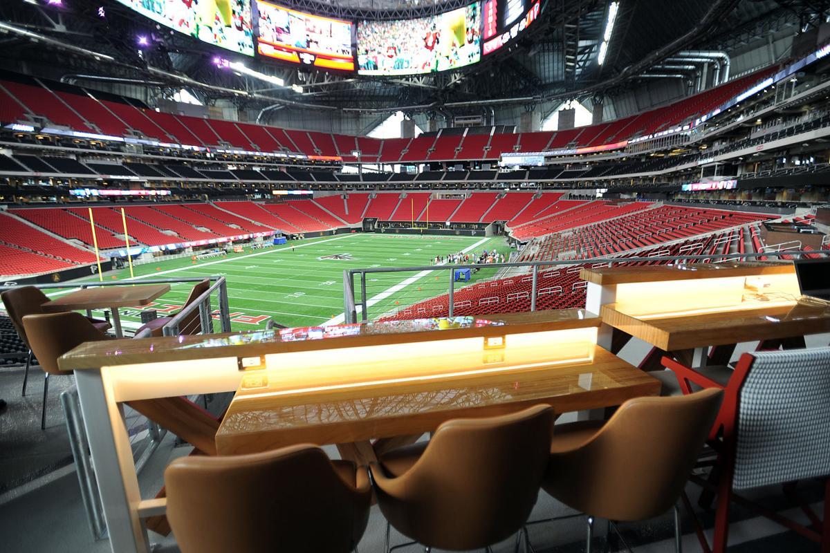 A look inside mercedes benz stadium days before it opens for Inside mercedes benz stadium