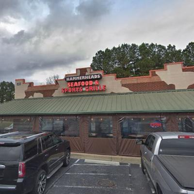 HAMMERHEADS SEAFOOD AND SPORTS GRILLE