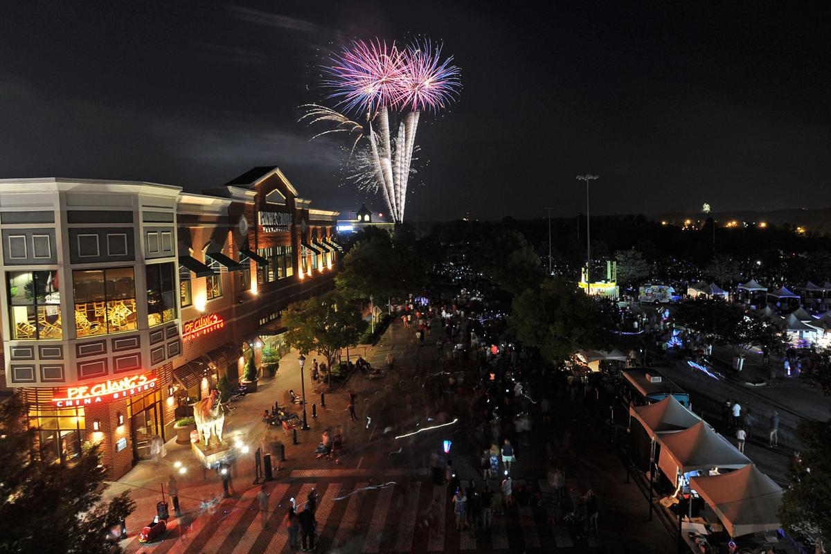 Mall of Georgia lights up the skies with 'Gwinnett's largest' fireworks show