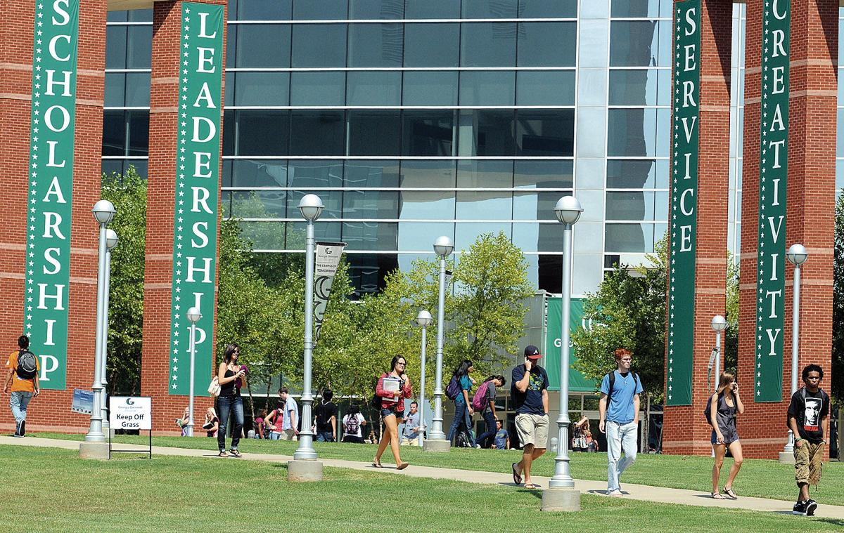 as a student of georgia gwinnett Georgia gwinnett college (georgia gwinnett or ggc) is a public college in lawrenceville,  the current student-to-faculty ratio for the college is 18:1,.