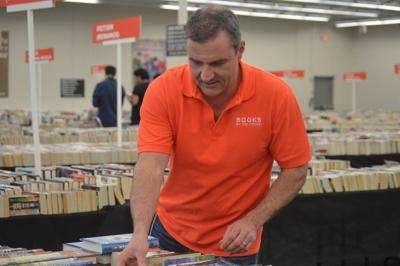 Innovative Lawrenceville book store sells 'books by the pound'