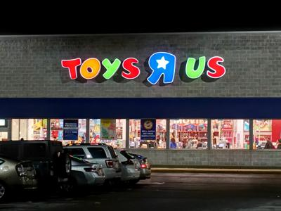 Someone Bought 1 Million In Toys R Us Toys Right Before Stores