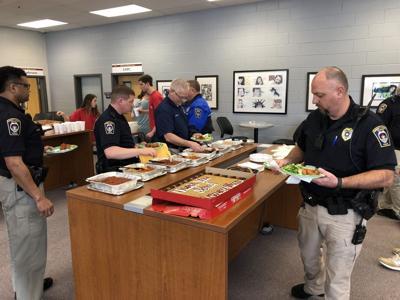 Mill Creek DECA club honors school resource officers | News