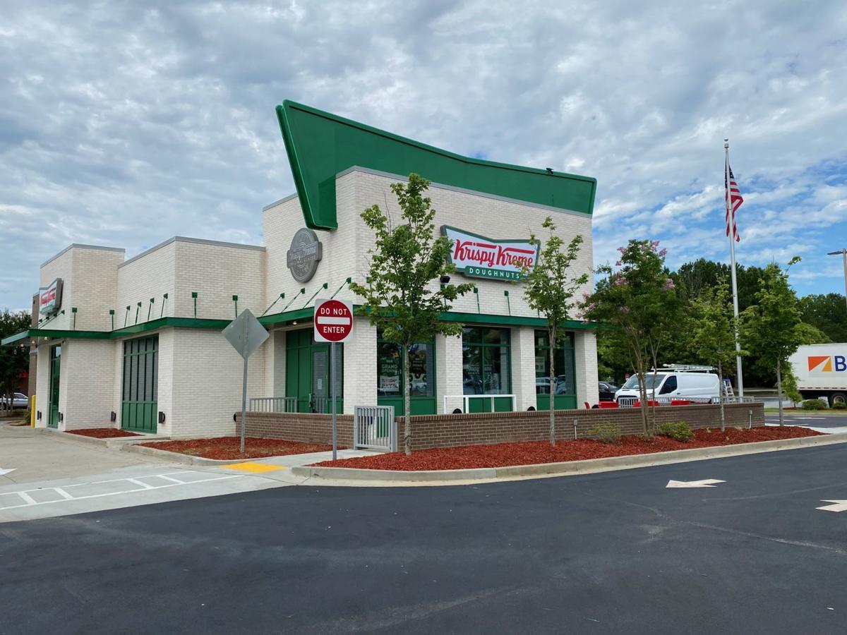 Krispy Kreme Snellville Shop_exterior.jpg
