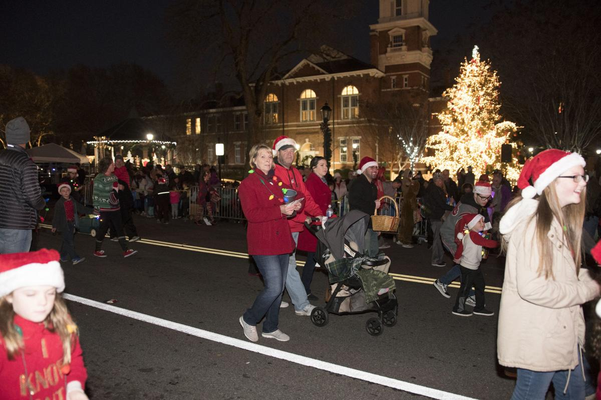 Lawrenceville Christmas Parade 2021 Lawrenceville Hometown Christmas Parade Multimedia Gwinnettdailypost Com