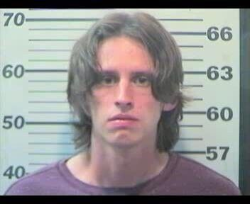 PD: Man broke into Circle K; drank milk, ate protein bars before getting caught smoking a cigarette