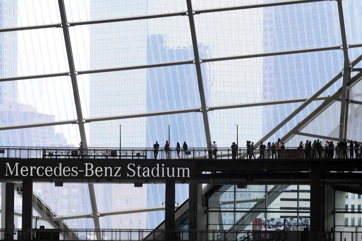 Mercedes benz stadium roof will be opened at some point for Hotel near mercedes benz stadium atlanta