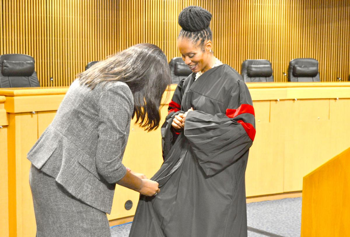 Gwinnett County swears in first African-American elected official, State Court judge