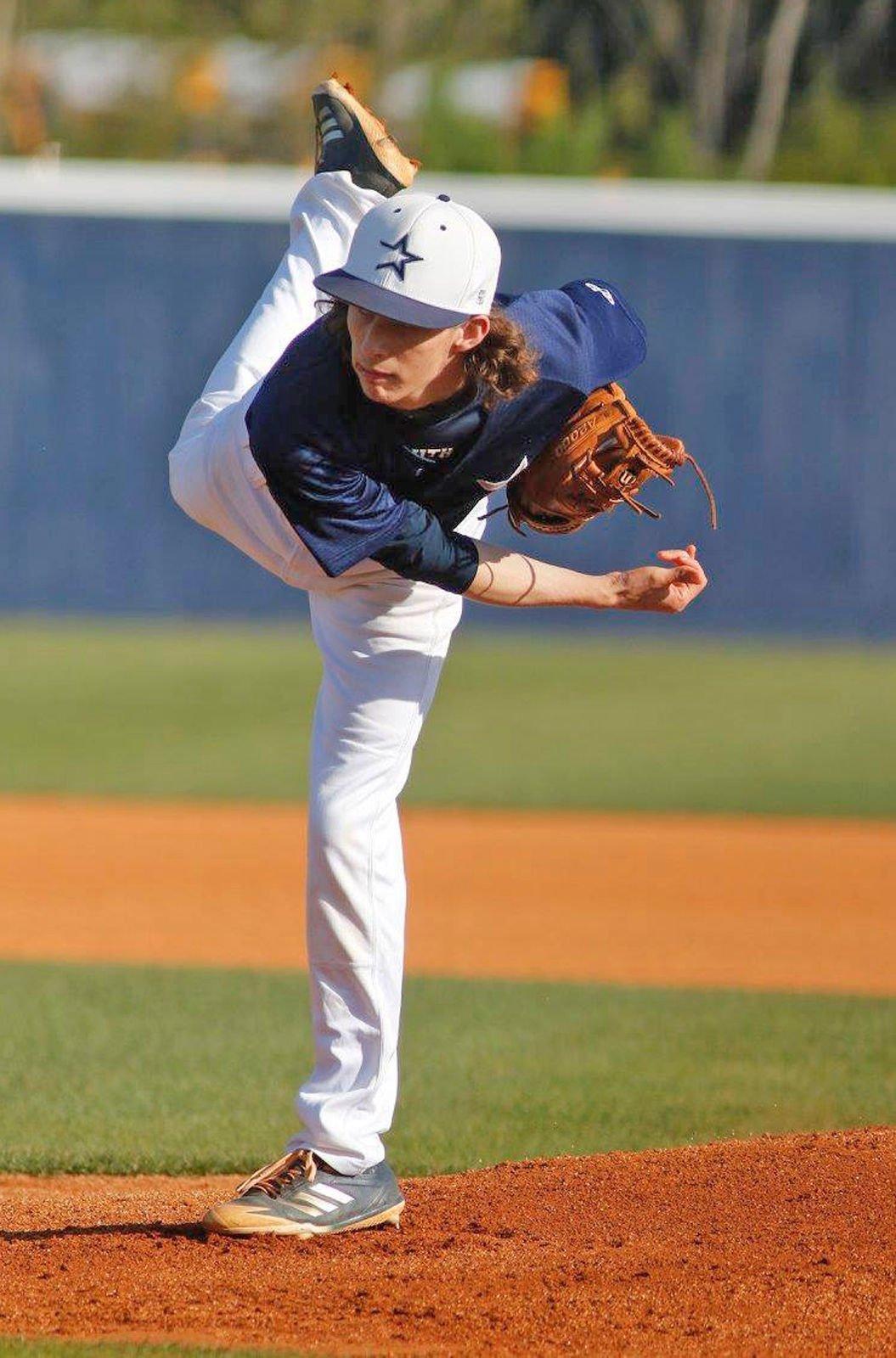 South Gwinnett�s Corey Farrow signs with LaGrange College baseball
