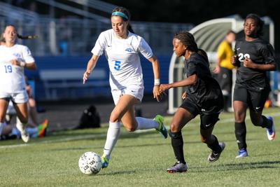 Peachtree Ridge's Kendall Hoskins commits to Kennesaw State soccer