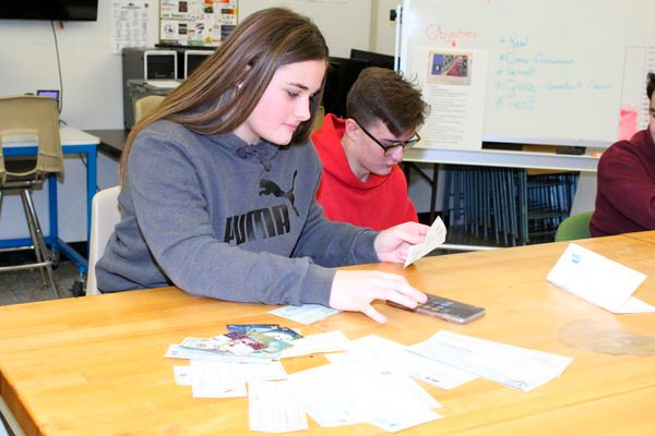 Students help with 'Shop with a Cop'