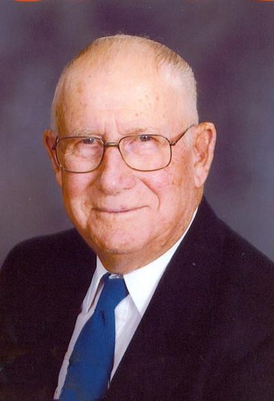 Max L. Hilligoss