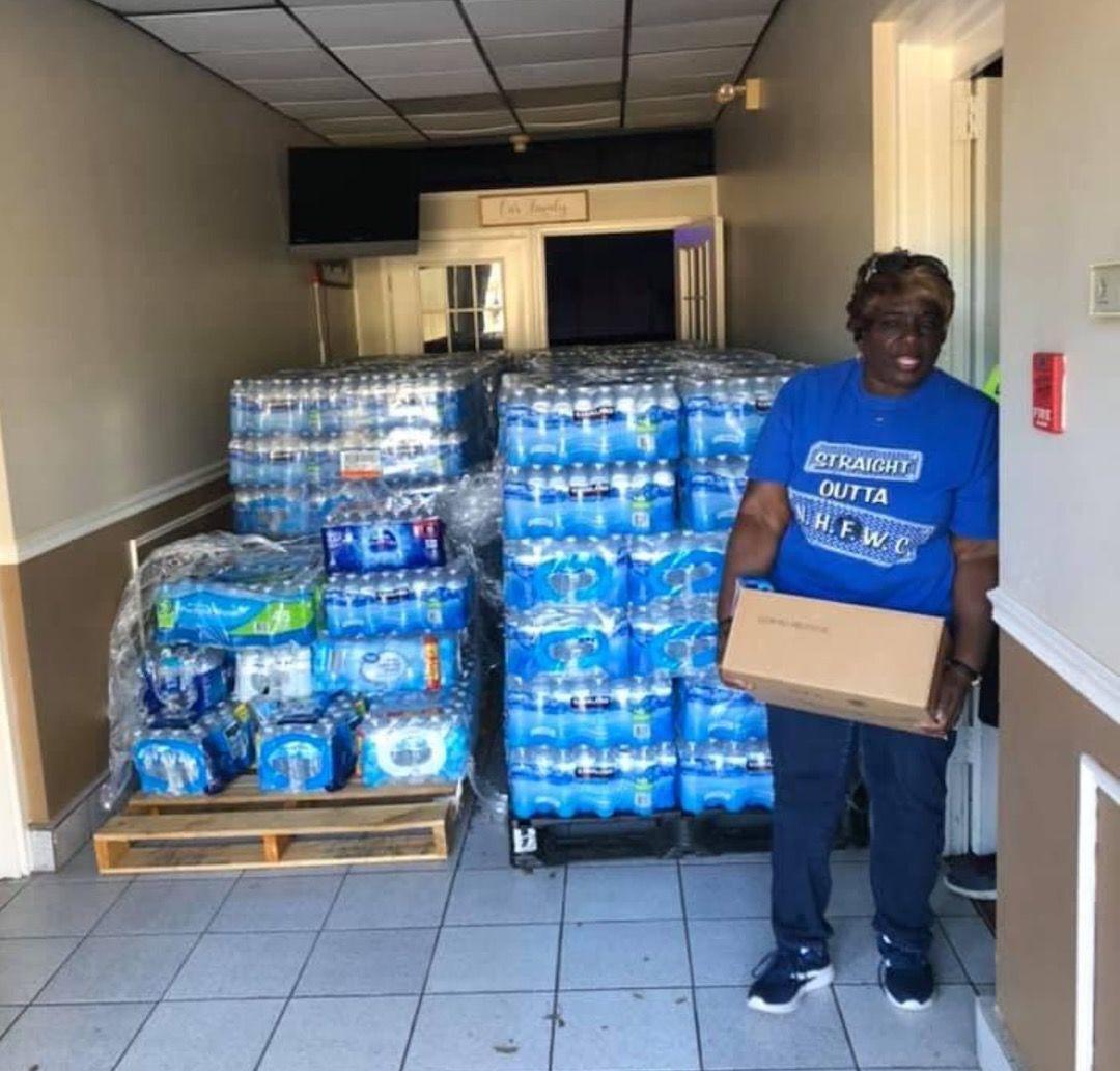South Carolina church delivers supplies