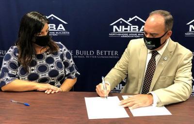Home Builders provide scholarship