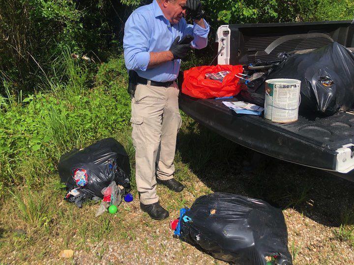Volunteers clean up Manchac trash