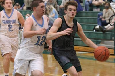 Trojans streaking into sectionals