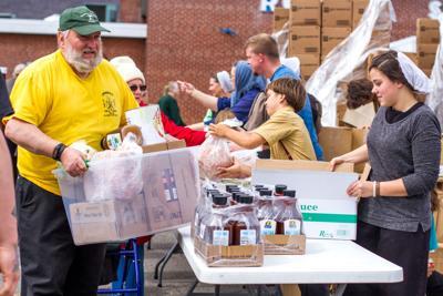 0403 Food Distribution 6.jpg