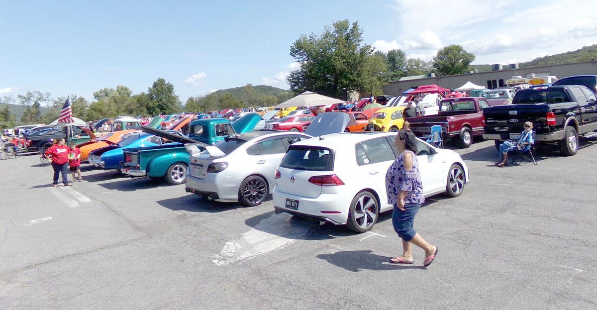 0915 car show 1.jpeg