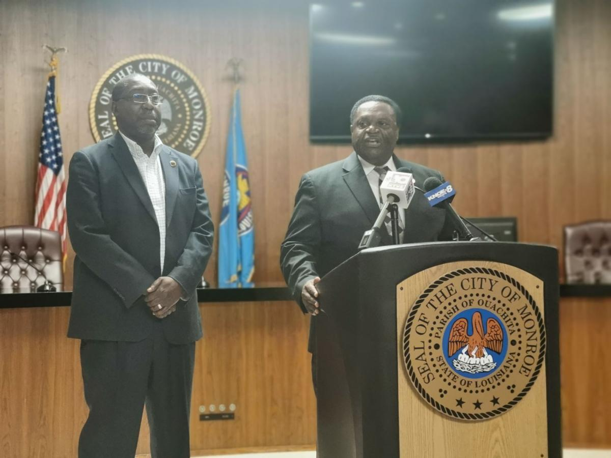 Mayor Jamie Mayo and former Chief Eugene Ellis.jpg