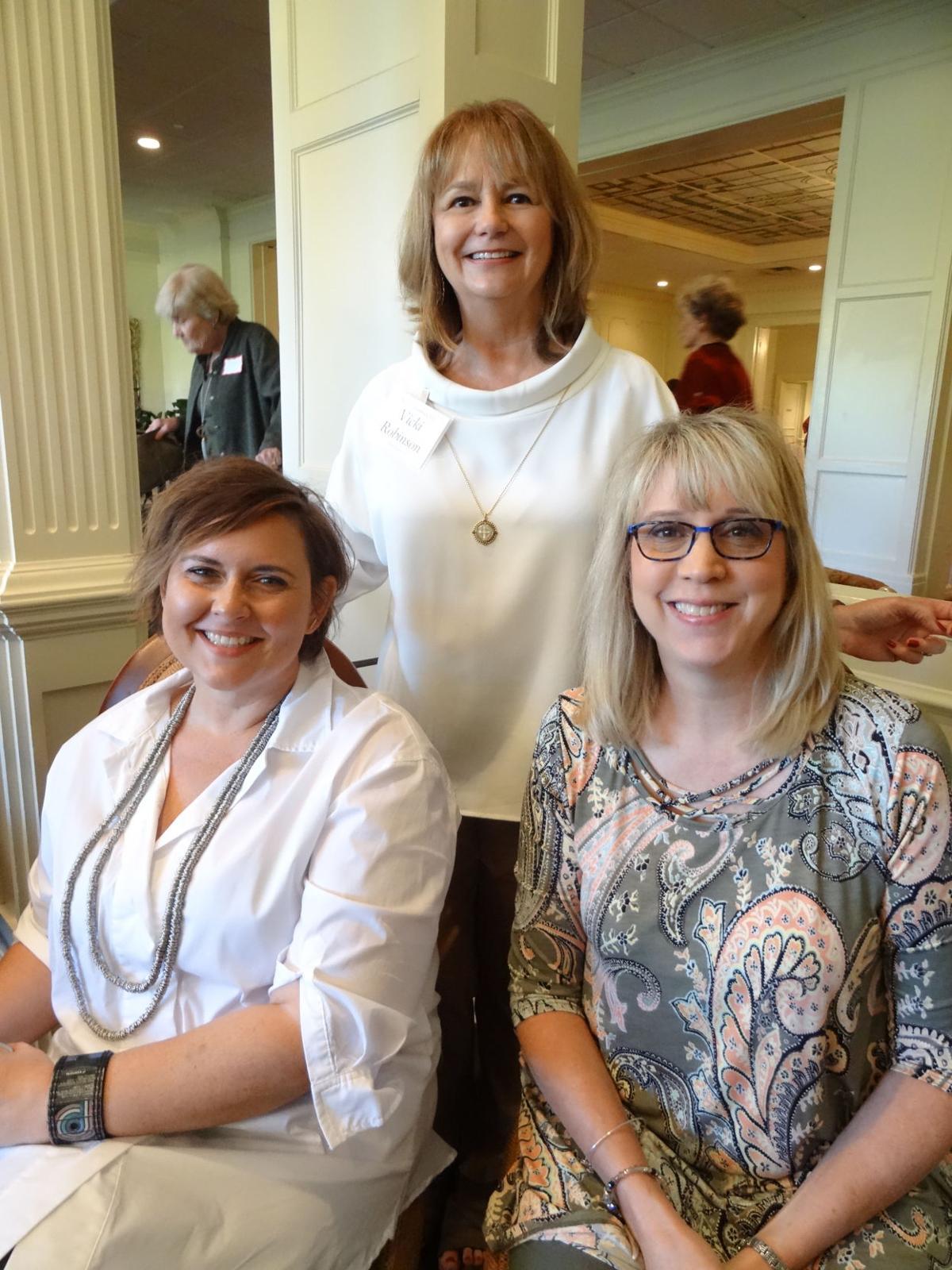 _Heather Ganey, Andrea Hayes, Vicki  Robinson.JPG