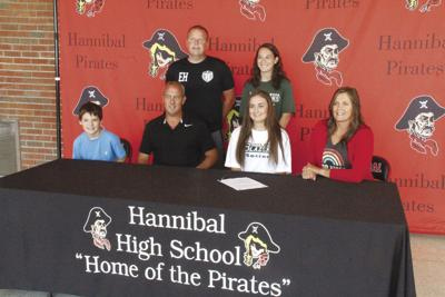 Baylee Zeiger signs with JWCC to play soccer