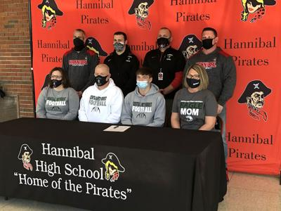 Drake Dudley signs with Central Methodist