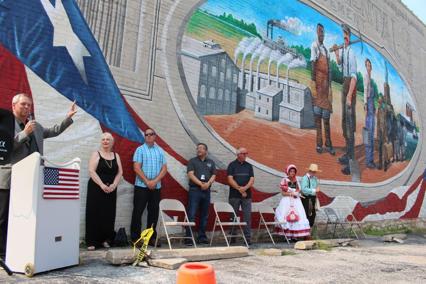 Mural celebrates local immigrants' contributions to America