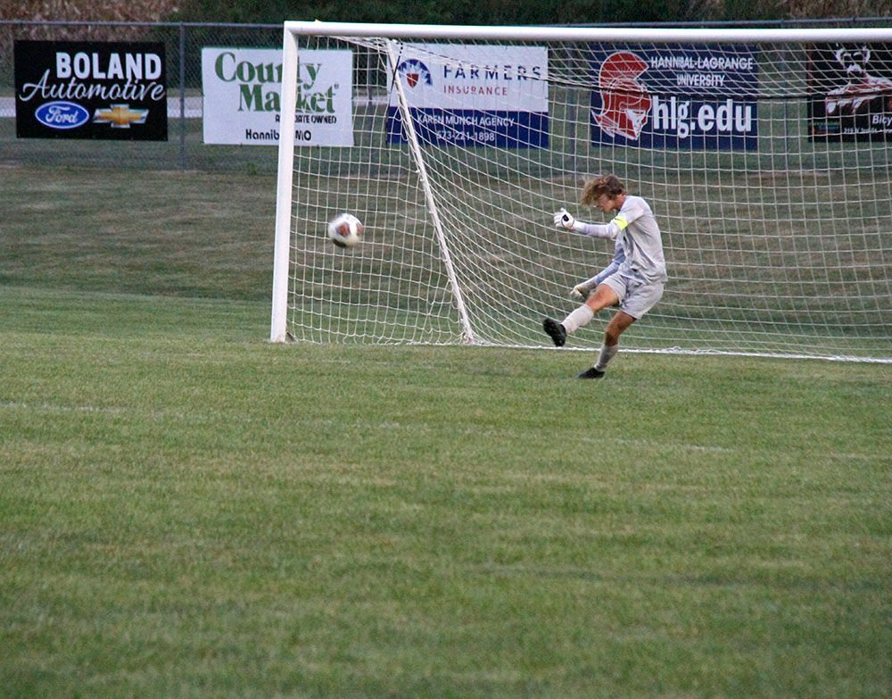 Hannibal soccer shuts out Moberly