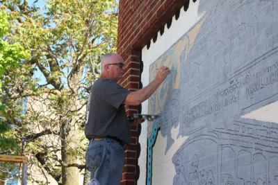 Crafting an artistic 'stamp' in downtown Hannibal