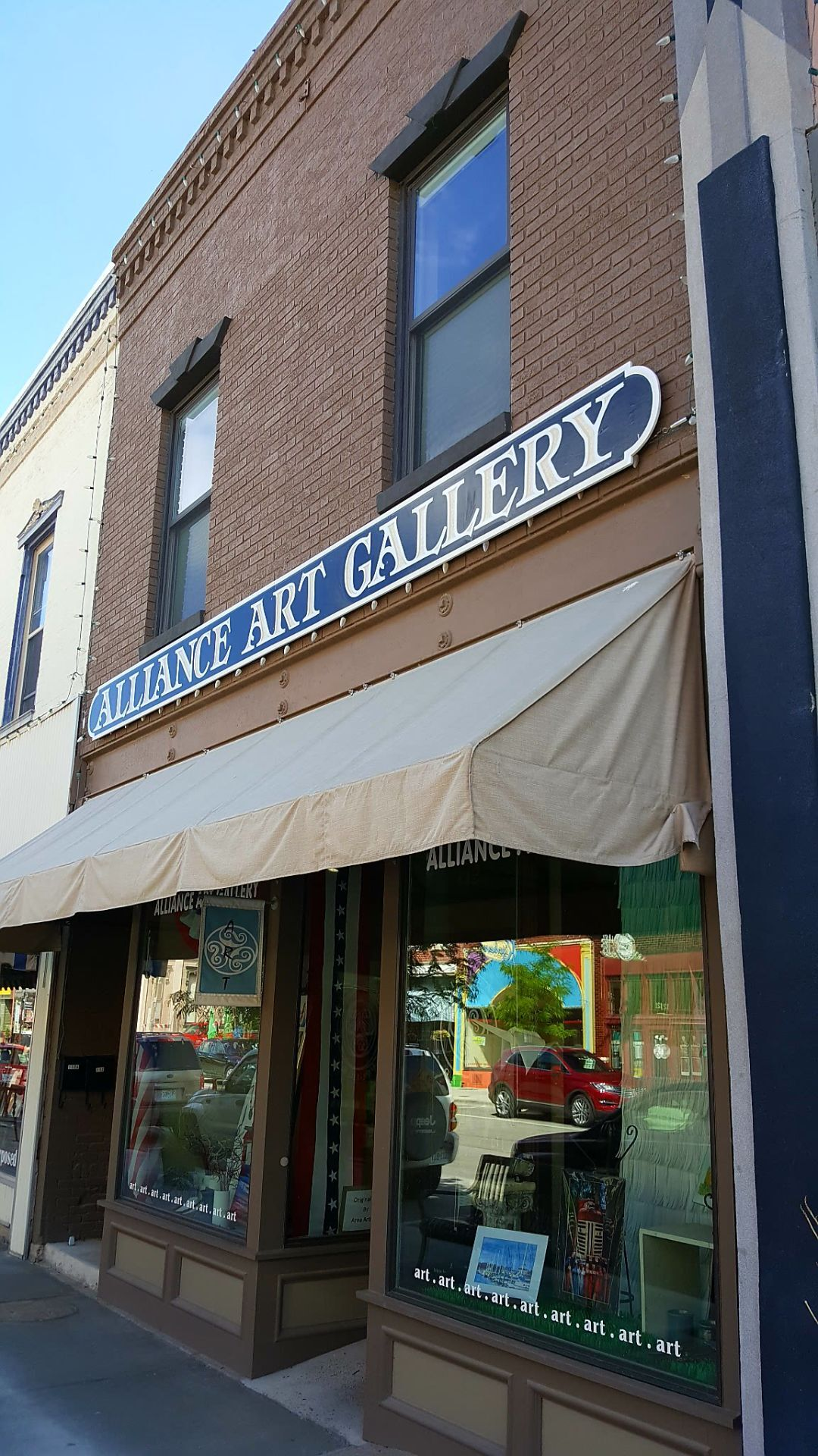 Downtown Hannibal galleries continue monthly staple