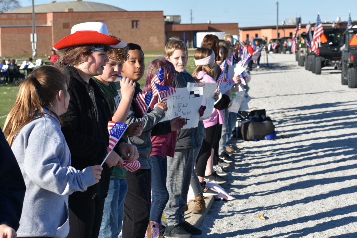Ralls school children celebrate veterans
