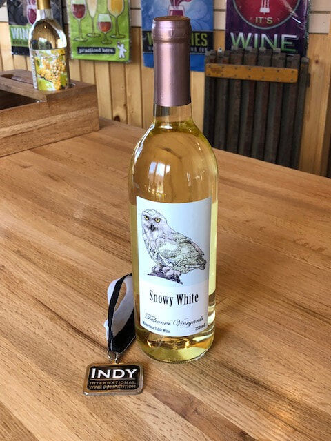 Snowy White wine, Falconer Vineyards, Red Wing