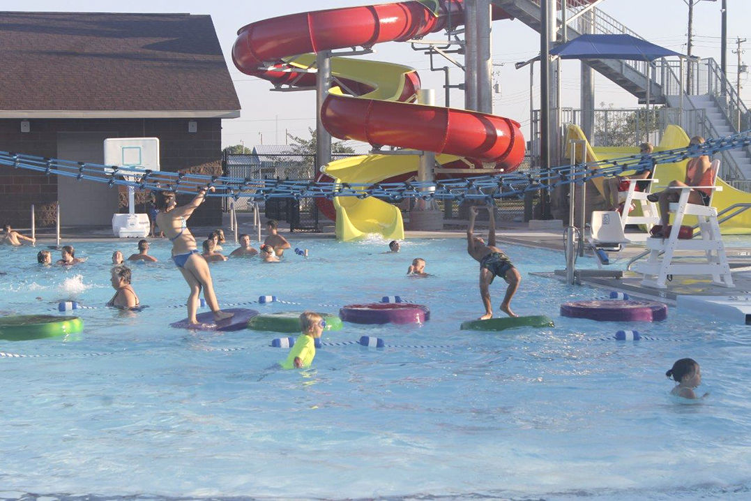 water park new water park makes big splash in geneva news hastingstribunecom