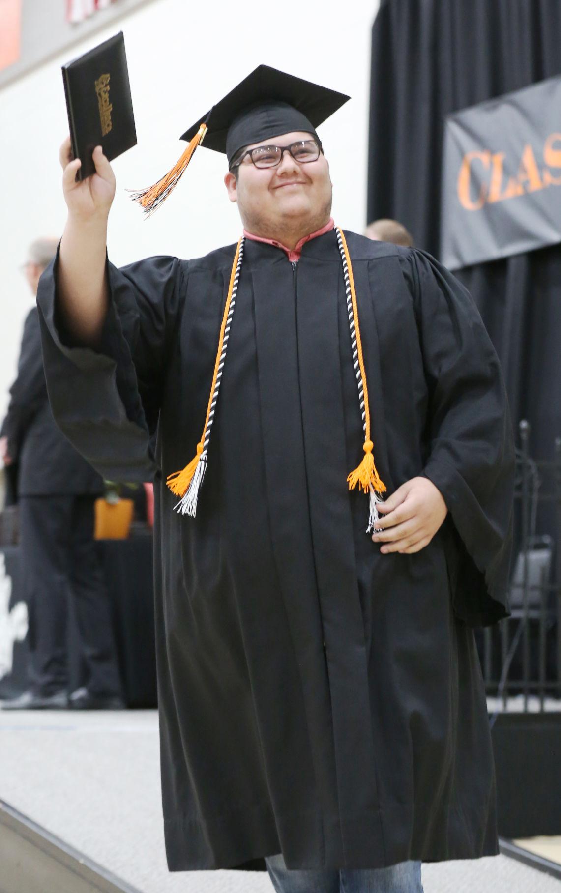 2019 HHS grad 1