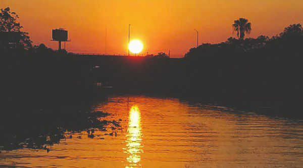 sunset pic chain of lakes.jpg