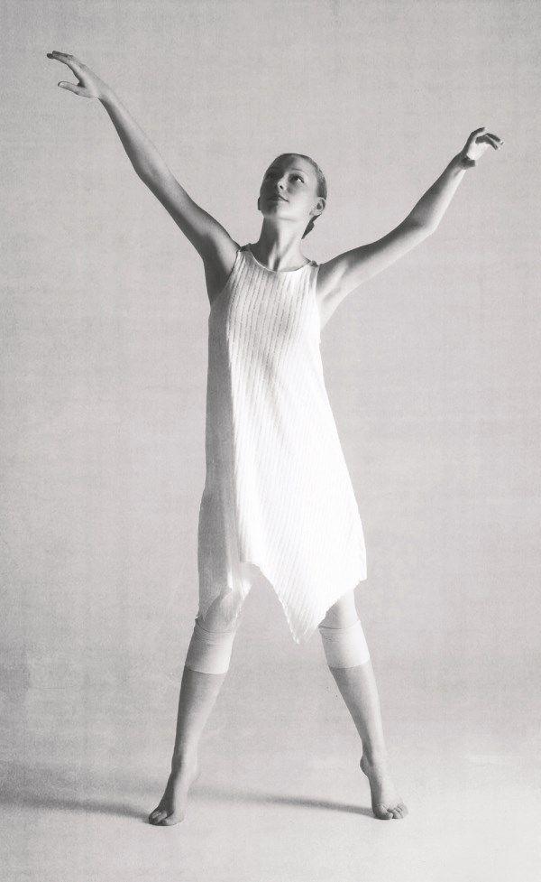 b&w ballet 1.jpg